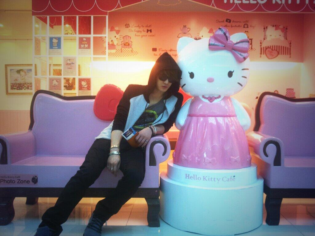 jaelifesizehellokitty